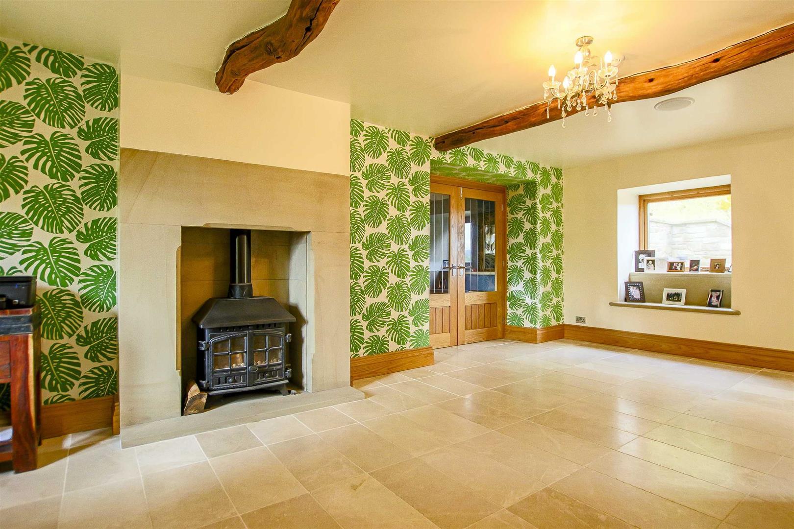 5 Bedroom Cottage For Sale - Image 36